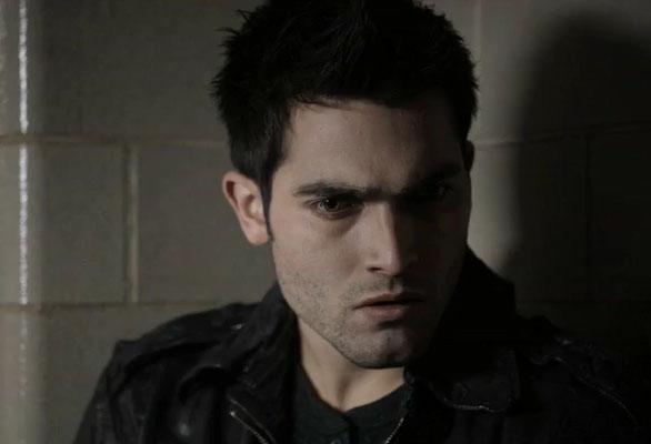 Волчонок (Teenwolf) Дерек Хейл слушает и офигевает от разговора Эллисон с Лидией